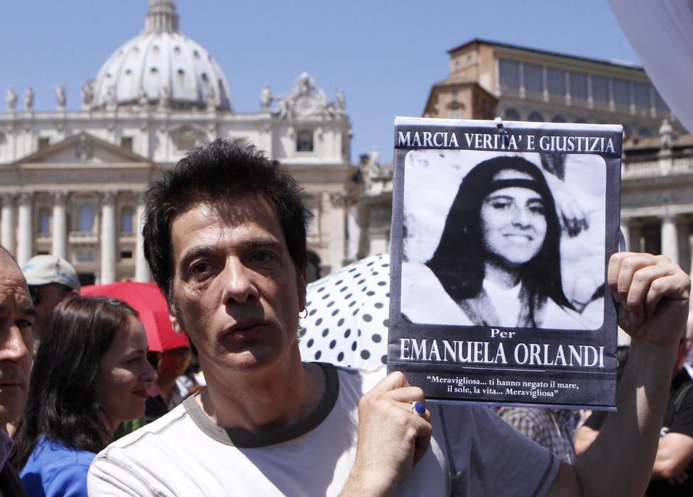 Sorpresa en el Vaticano tras abrir las dos tumbas en busca de Emanuela Orlandi