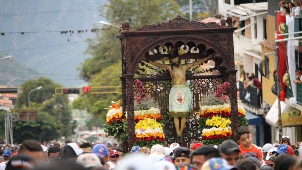Los fieles venezolanos peregrinan al Santuario del Cristo de la Grita