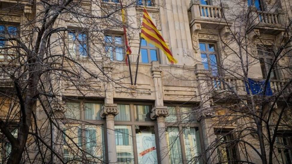 El aumento de consejerías supone a los españoles un perjuicio de 1 millón de euros, y otras noticias