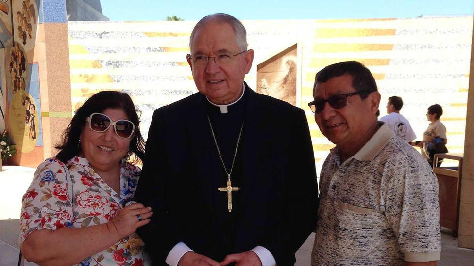 Así es mons. José Gómez, el primer presidente de los obispos estadounidenses mejicano