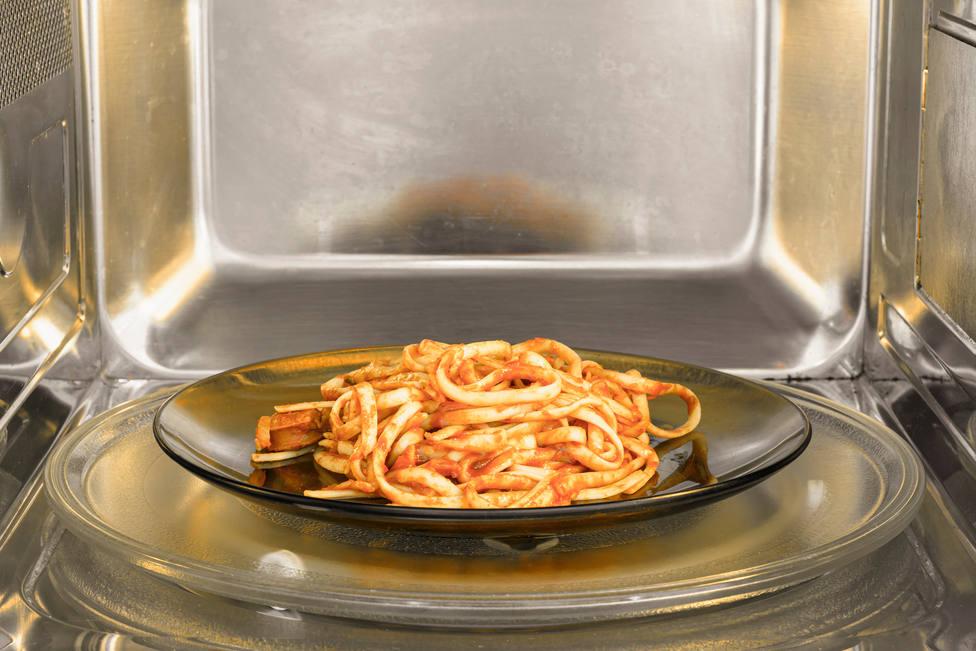 Cómo puedes recalentar la pasta para que parezca recién hecha