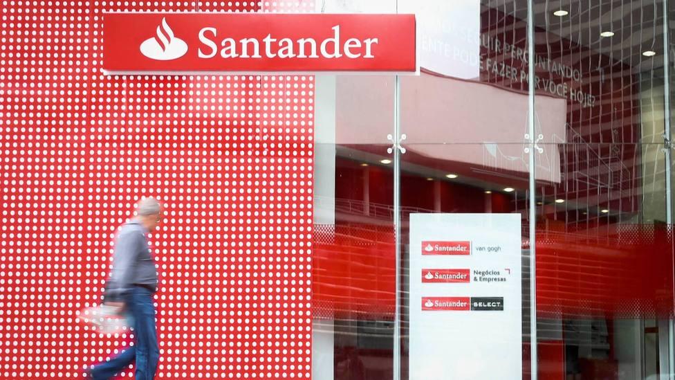 Banco Santander lanza más de 1.500 Becas Santander #InvierteEnTi para apoyar la empleabilidad de estudiantes