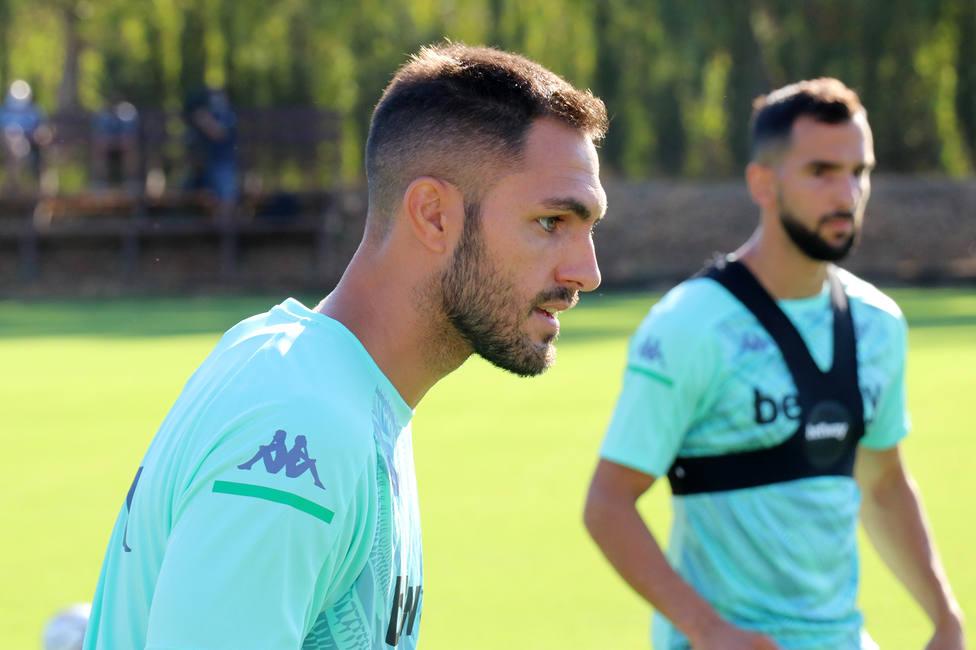 Victor-Ruiz-Betis:vuelve-entrenamiento