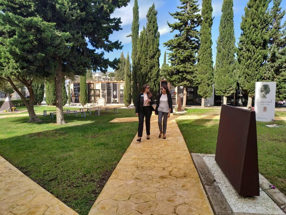 Almería adelanta una semana el dispositivo especial en los cementerios por Todos Los Santos