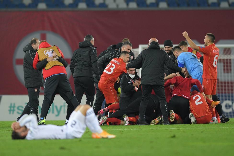 Macedonia se clasifica por primera vez en su historia a una Eurocopa gracias a un gol de Pandev