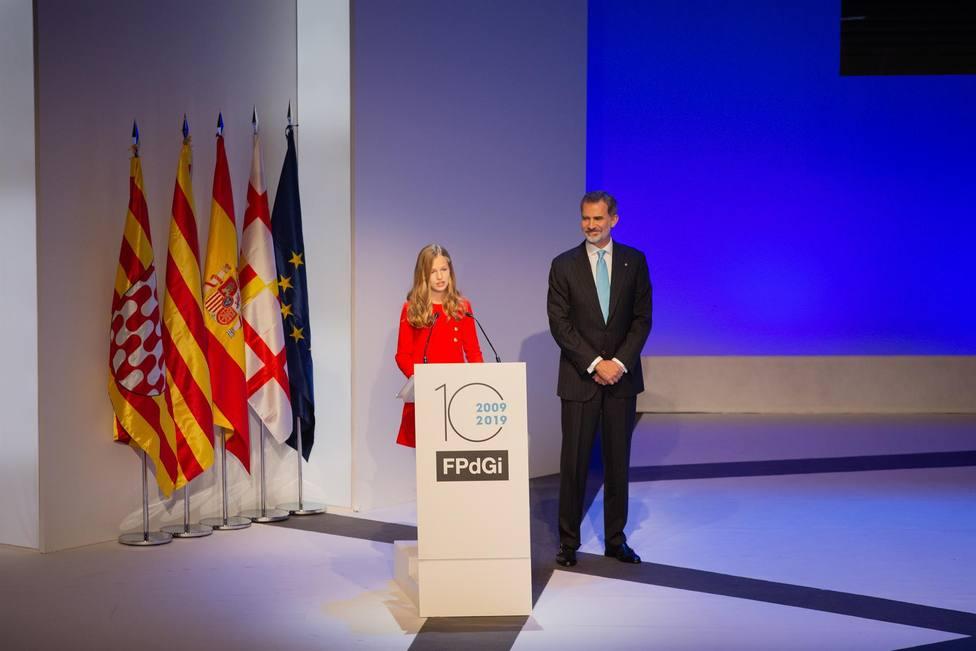 El Rey Felipe VI y la Princesa Leonor durante su discurso de 2019