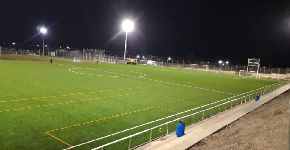Deportes finaliza las obras de iluminación del Juan Casuco