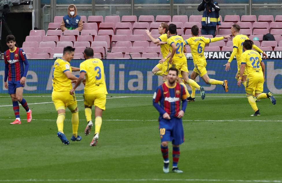 El Barça regala otro pedacito de Liga
