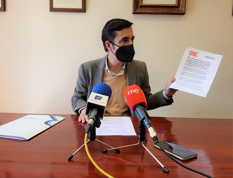 José Manuel Rey Varela, en rueda de prensa. FOTO: PP Ferrol