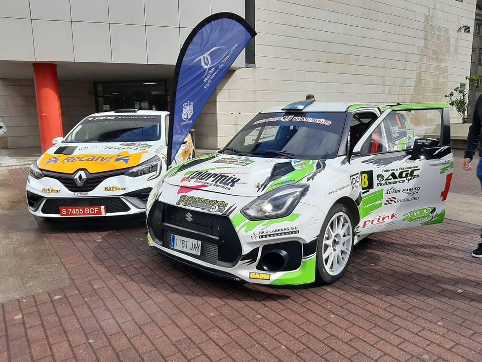 Dos de los vehículos de la presentación del Rallye Cidade de Narón - FOTO: Siroco Narón