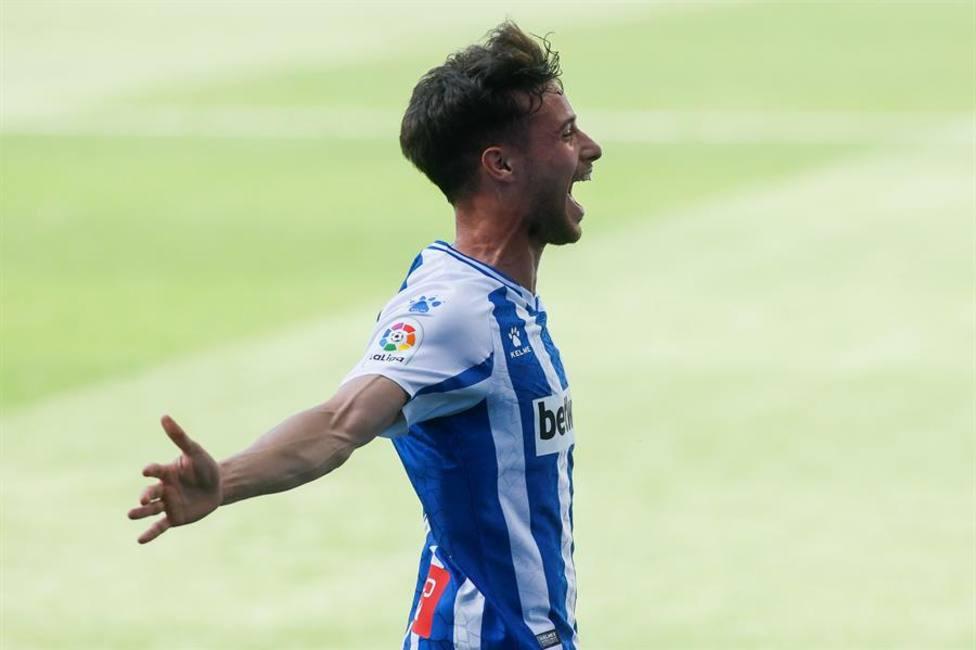 Javi Puado renueva con el Espanyol por 4 temporadas