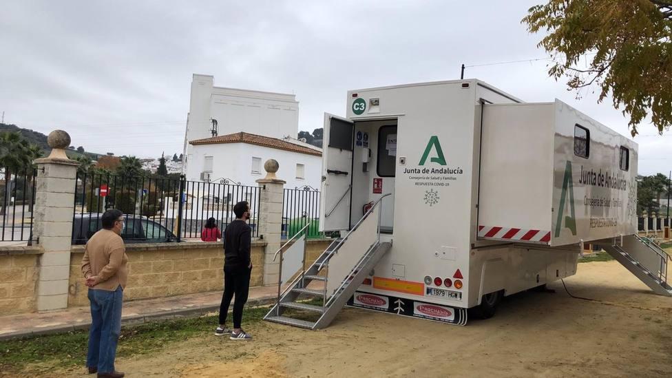 500 positivos más en la provincia de Cádiz, que supera los 300 puntos de incidencia