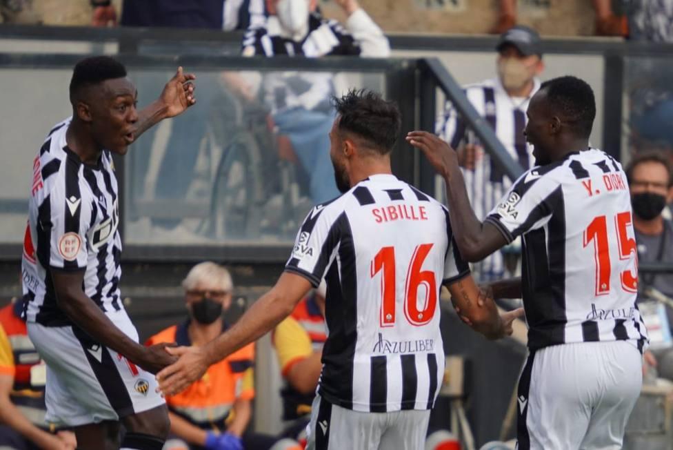 Koné celebra un gol en Castalia