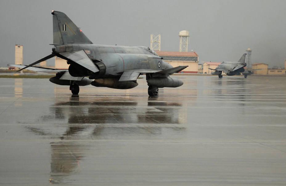 Muere un piloto de Fuerzas Aéreas griegas en un accidente de su avión