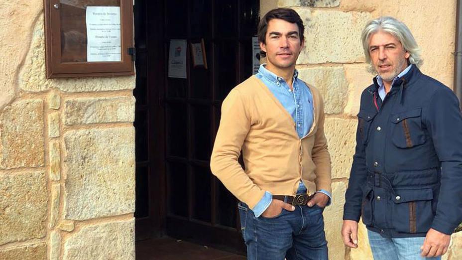 Domingo López Chaves y Andrés Sánchez tras sellar su acuerdo de apoderamiento