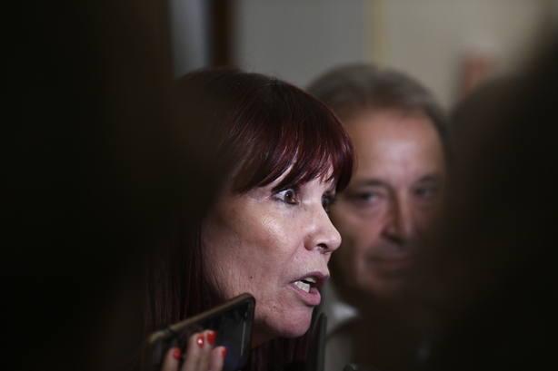 Micaela Navarro dice que todo está abierto pero recuerda la diferencia de escaños de Díaz sobre el resto