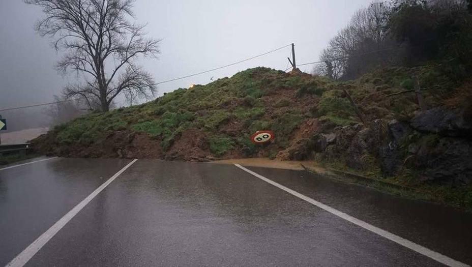La carretera de Ruente se reabre este viernes parcialmente