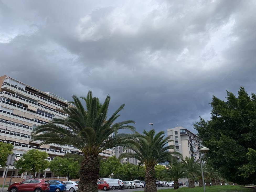 Nubes sobre la playa de San Juan