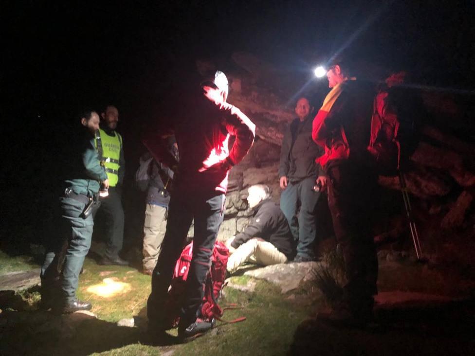 La Guardia Civil rescata a dos montañeros franceses perdidos en la frontera entre Navarra y Francia