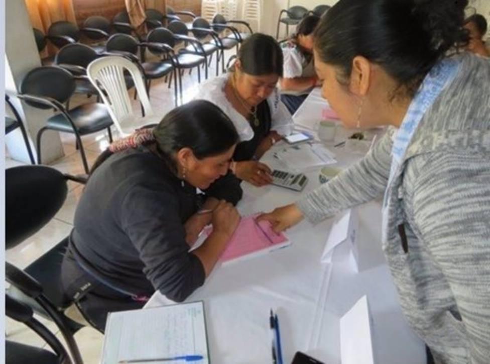 250 mujeres rurales de Ecuador mejoran sus condiciones gracias a un proyecto de la Comunidad y Entrepueblos