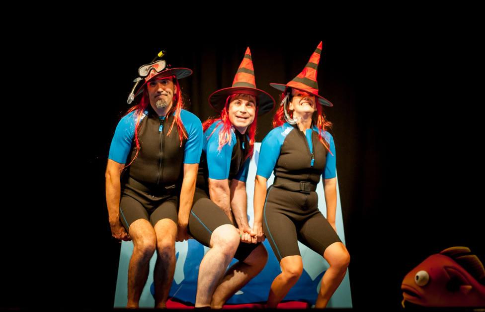 Un momento del espectáculo Acuario de Teatro Os Ghazafelhos