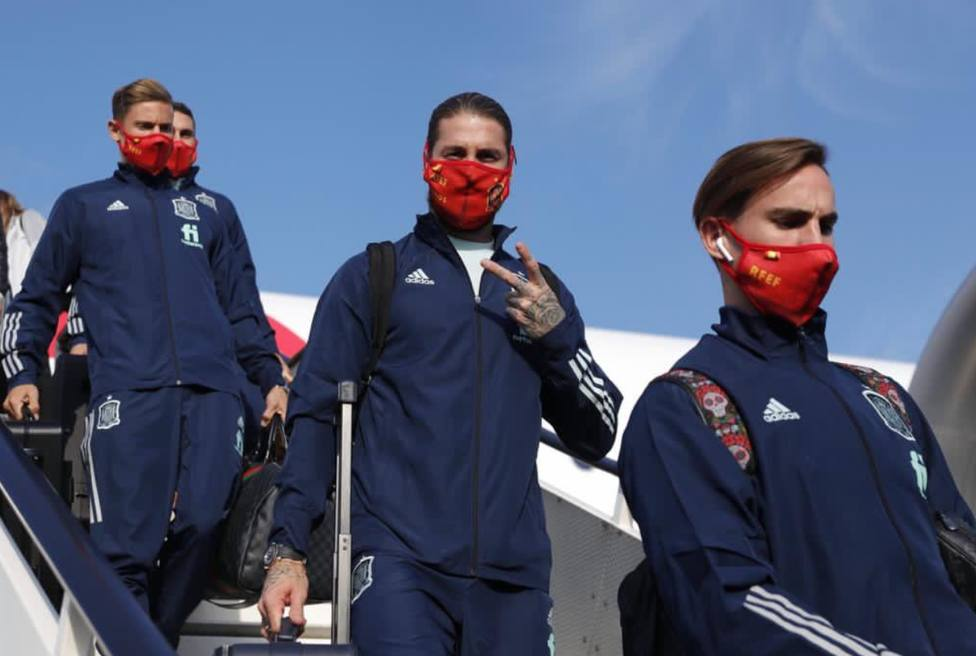 La Selección española aterriza en Ámsterdam