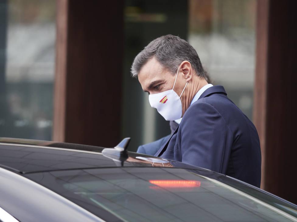 Sánchez, obligado a dirigirse por carta a la militancia tras las críticas por su acercamiento a Bildu