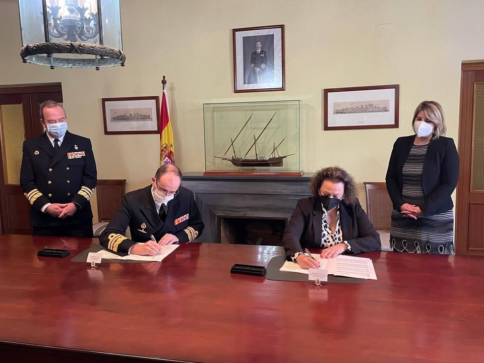 Ministerio de Defensa y Autoridad Portuaria firman el convenio de El Espalmador y Muelle del Carbón