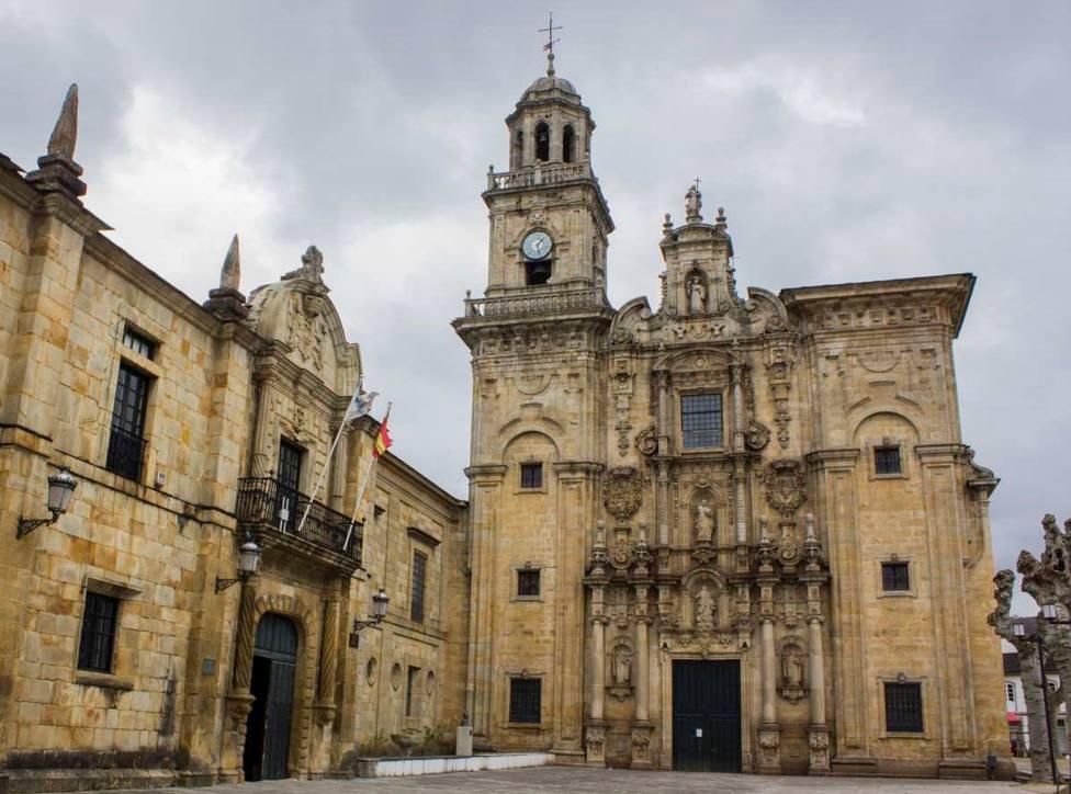 Plaza del Conde Santo en Lourenzá