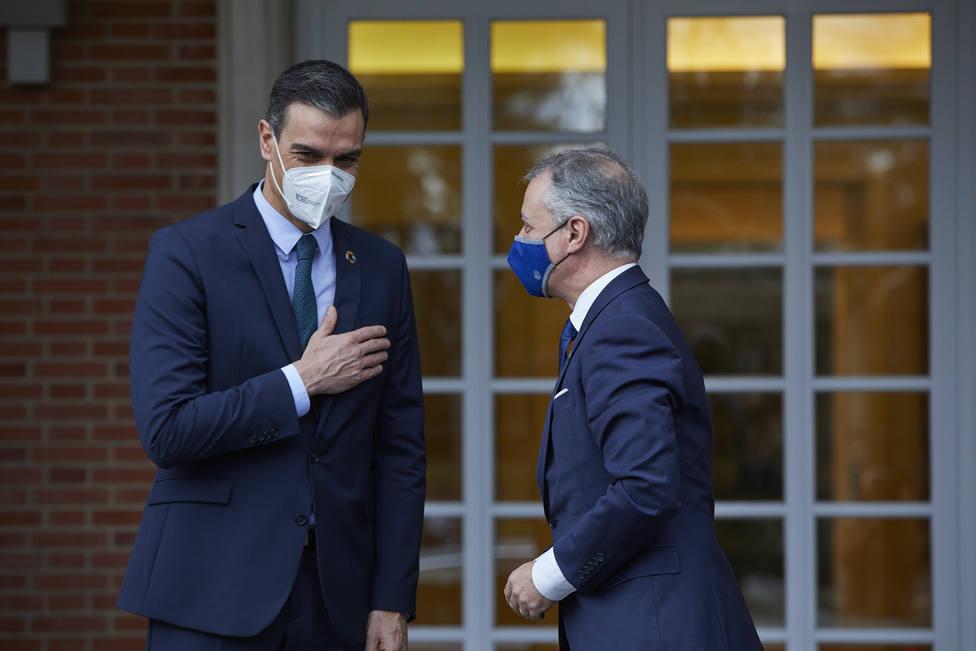 Sánchez cede las cárceles al PNV seis días después de la debacle en Madrid