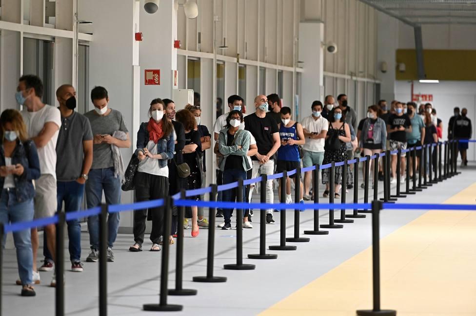 Madrid duplica los contagios en una semana, con 2.711 nuevos positivos