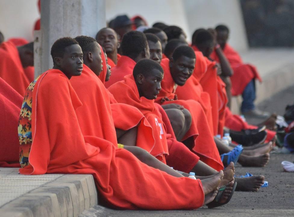 Llega a El Hierro un cayuco con 43 inmigrantes, cinco de ellos menores