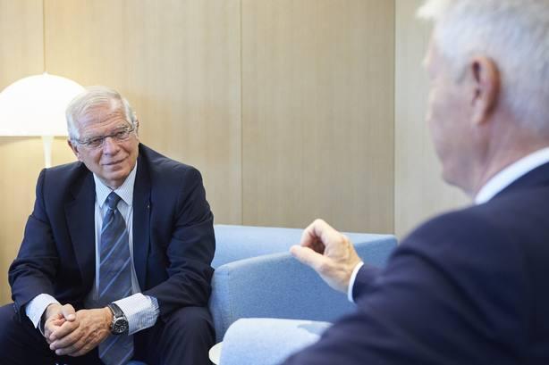 Borrell admite que preferiría que los presos secesionistas estuvieran libres