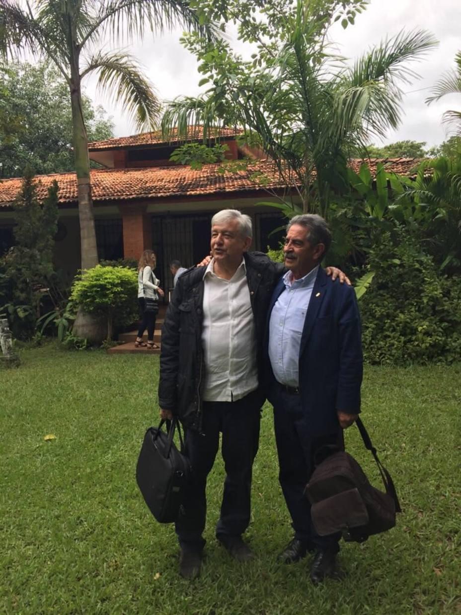 ¿Por qué son amigos el nuevo presidente de México y Miguel Ángel Revilla?