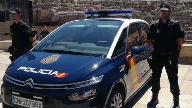 Dotación de la Policía Nacional