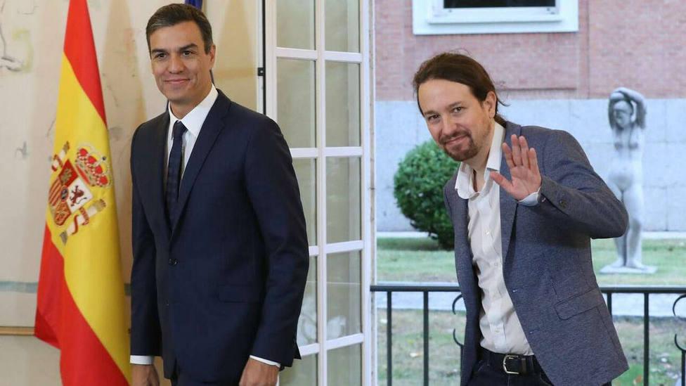 Los españoles prefieren un gobierno del PSOE con Podemos sin independentistas, según el CIS