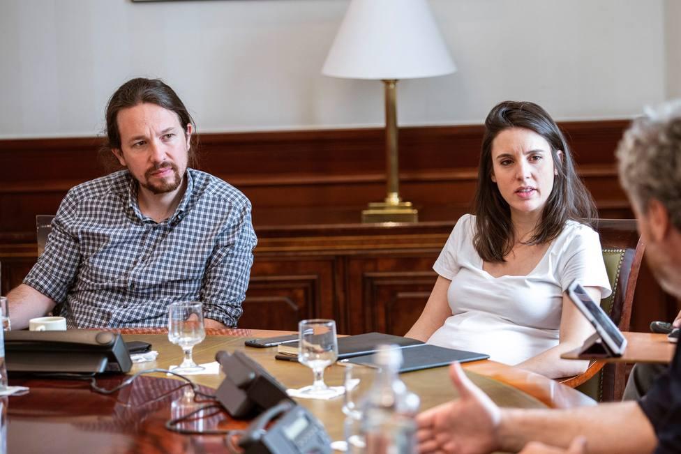 La dolce vita de Iglesias y Montero: una salus cuida de sus hijos a 100 euros la noche