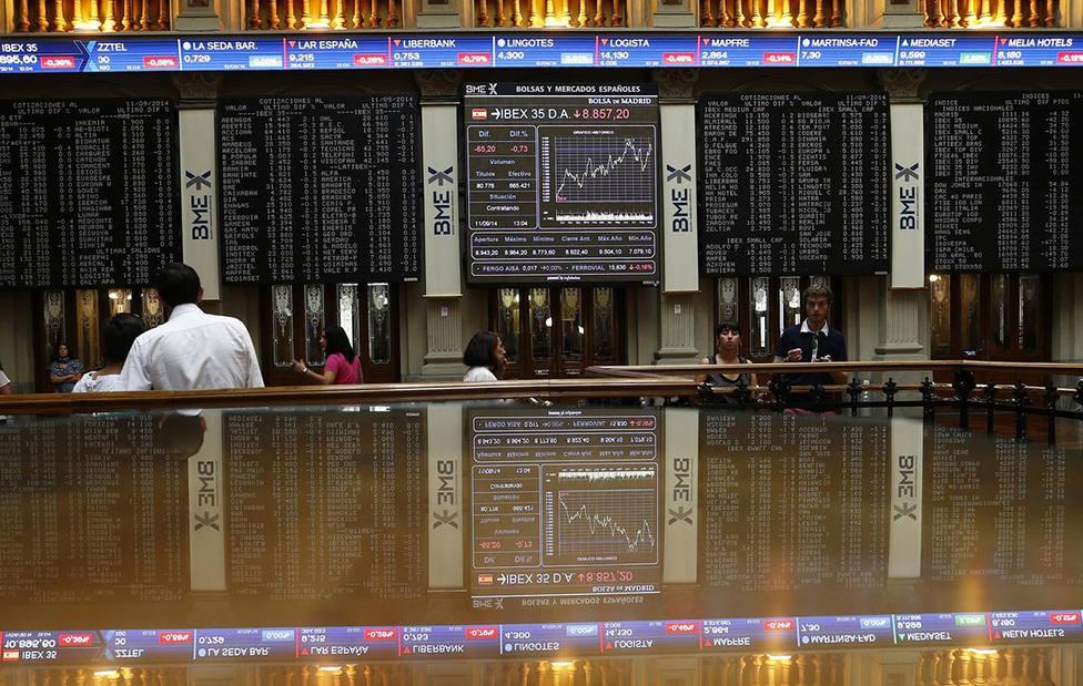 Los resultados empresariales y la esperanza de tipos más bajos llevan a la Bolsa a su cuarta sesión alcista