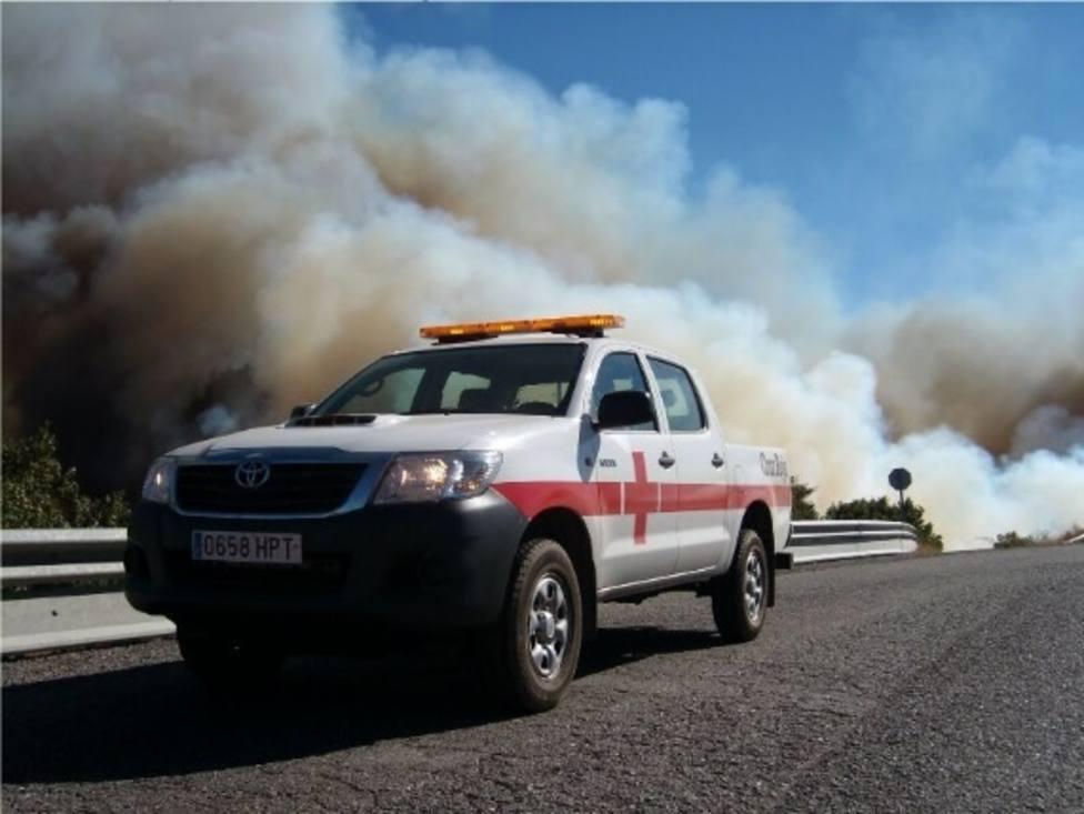 El presidente de Cruz Roja Española visita el operativo en las zonas afectadas por el fuego en Gran Canaria