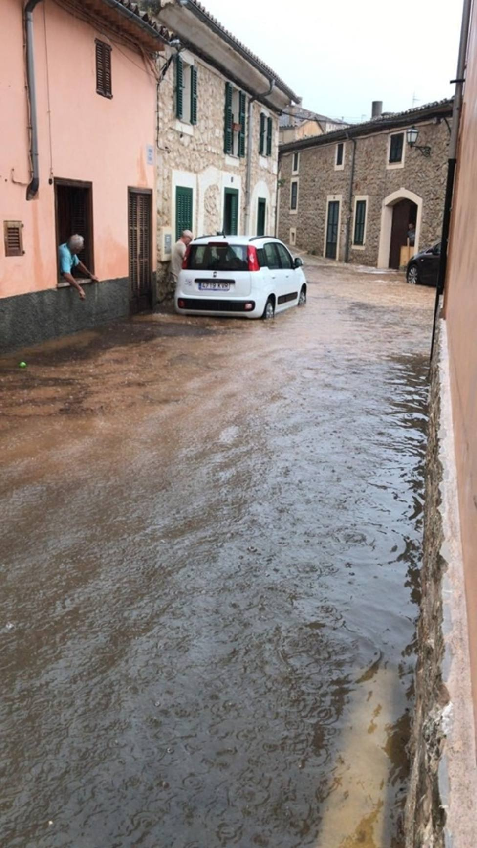 Baleares suspende las clases en los centros de Tramuntana, el norte y el nordeste de Mallorca por el mal tiempo