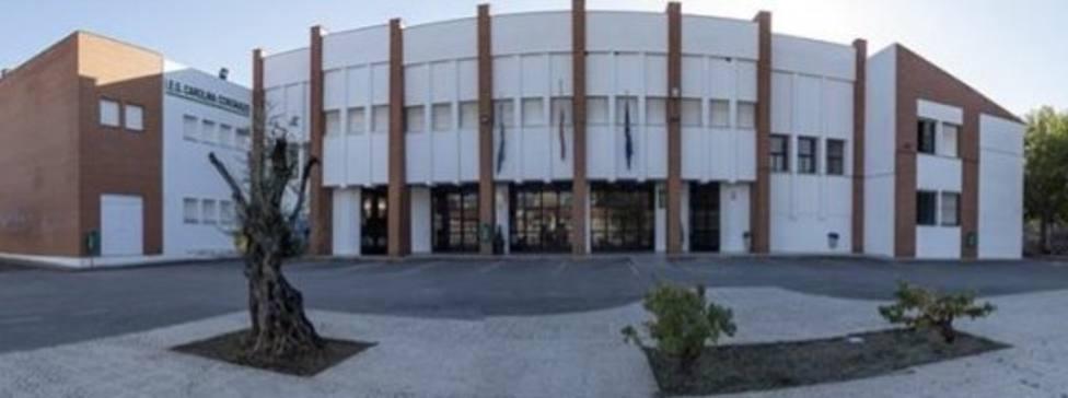 Salud Pública pone en cuarentena dos institutos de Almendralejo