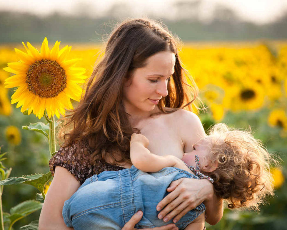 La lactancia materna como escudo ante la COVID-19