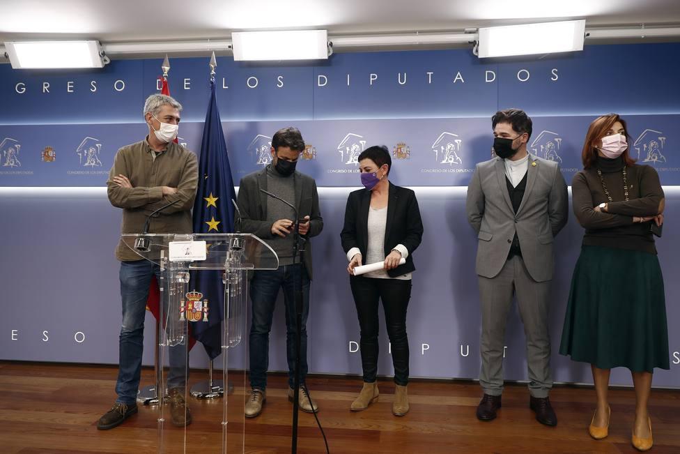 Podemos se une a ERC y Bildu para pedir la prohibición de desahucios y el corte de suministros hasta 2023