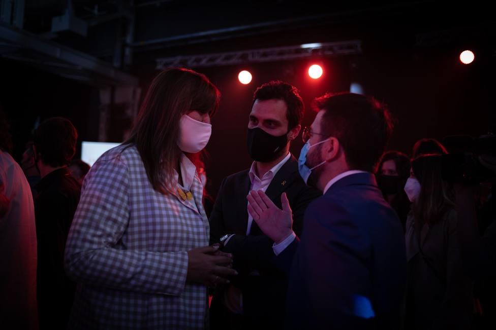 Laura Borràs, Roger Torrent y Pere Aragonès durante un acto - David Zorrakino - Europa Press
