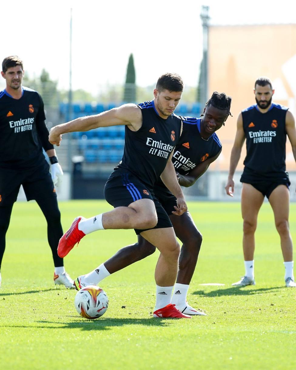 Benzema, Courtois, Alaba y Jovic vuelven a los entrenamientos