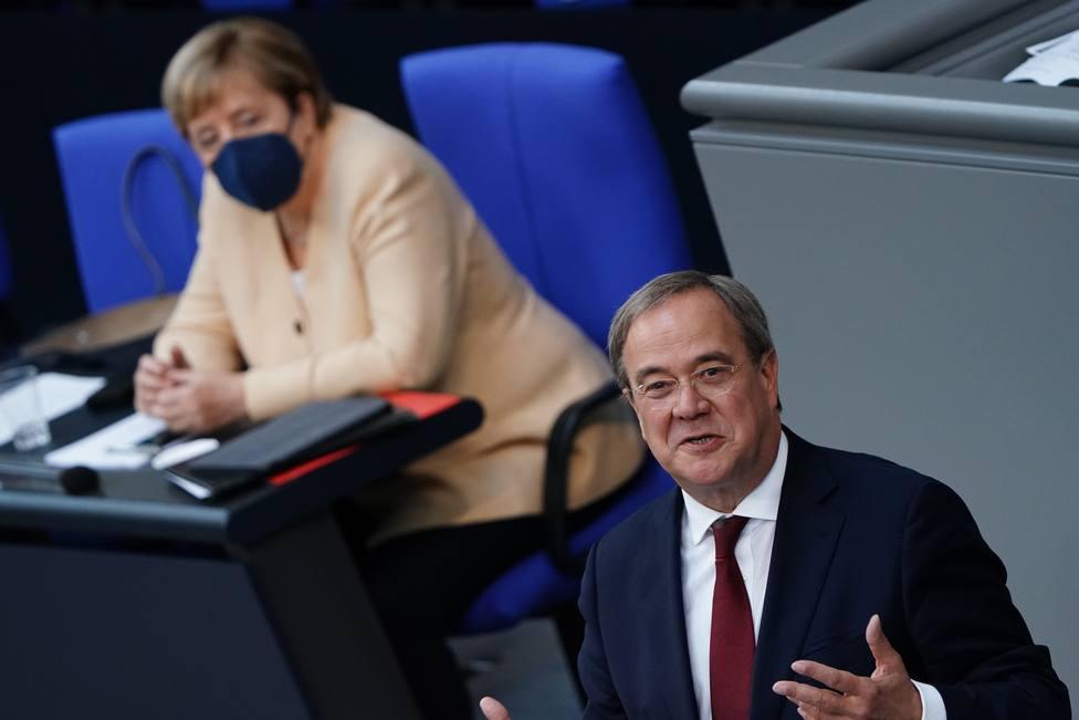 Armin Laschet y la herencia 'envenenada' de Angela Merkel