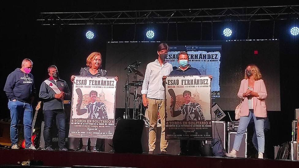Acto de presentación de la encerrona solidaria de Esaú Fernández en Mocejón (Toledo)