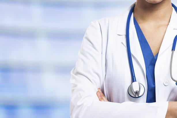 CSIF: 6 de cada 10 técnicos sanitarios en Baleares son relegados por el catalán