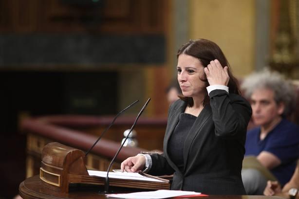 Portavoz del PSOE en el Congreso: Ni es un delito poner un lazo, ni es un delito quitarlo