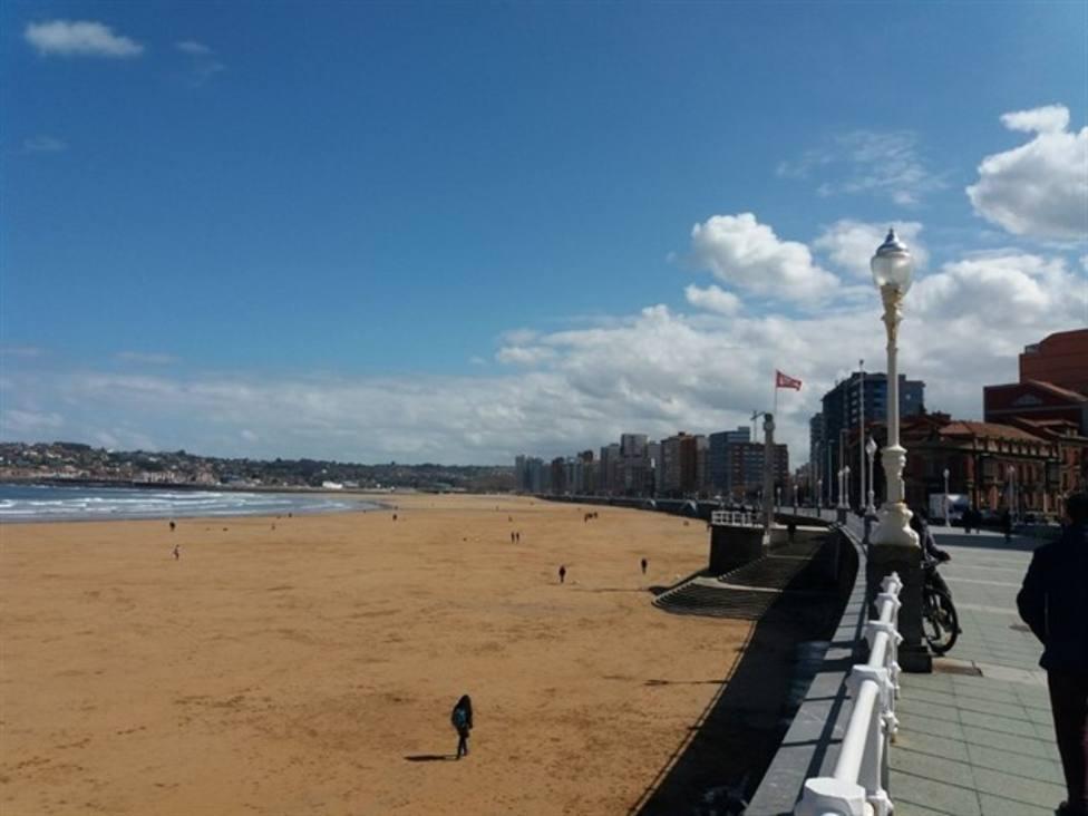 Playa San Lorenzo de Gijón